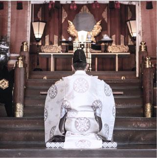 参拝祈祷イメージ